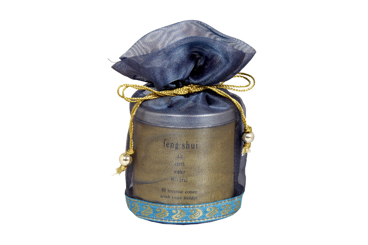 Feng Shui-40 Incense Cones Tin Can in a Decorative Tissue Bag  (A-1026/E)